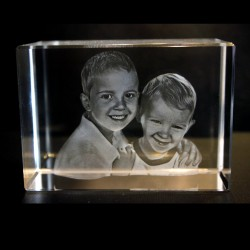 3D Mira Crystal Engraved Picture(90 x 60 x 60mm)